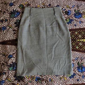 Vintage houndstooth pencil skirt